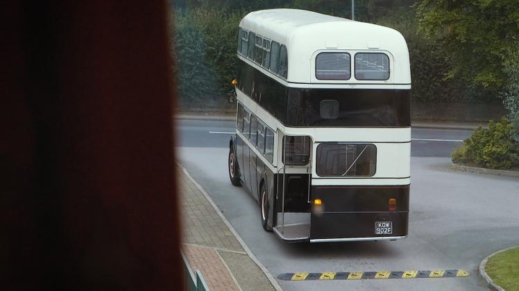vintage-bus-arrival.jpg